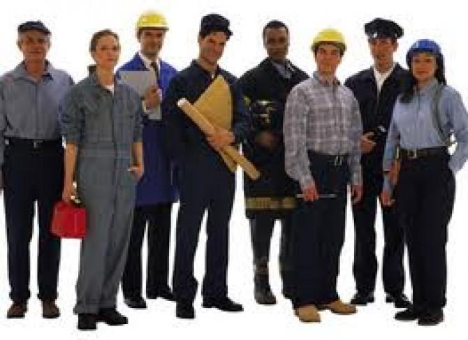 lucratori salariati muncitori