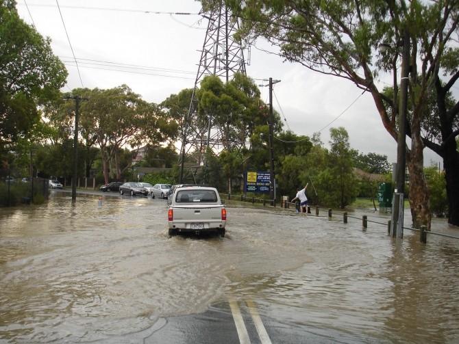 inundatie, masina