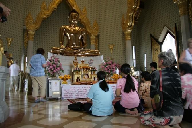 IMG_2253 Cel mai mare Budha de aur din lume (aproximativ 5 tone de aur pur), la Templul Wat Traimit, Bangkok, Thailanda