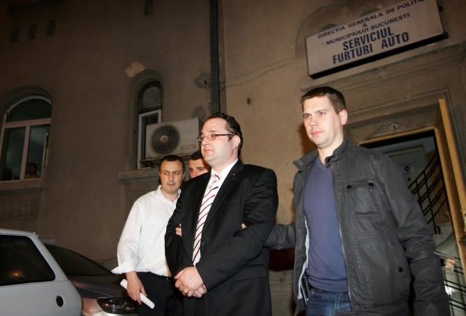 ALEX MAGHERESCU - SERVICIUL FURTURI AUTO