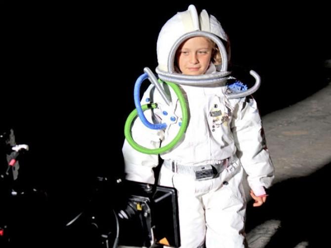 aris-cosmonaut-main