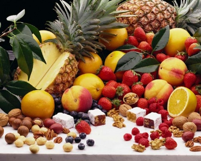 fruits_nuts_and_candy