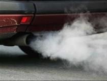 Motor poluare