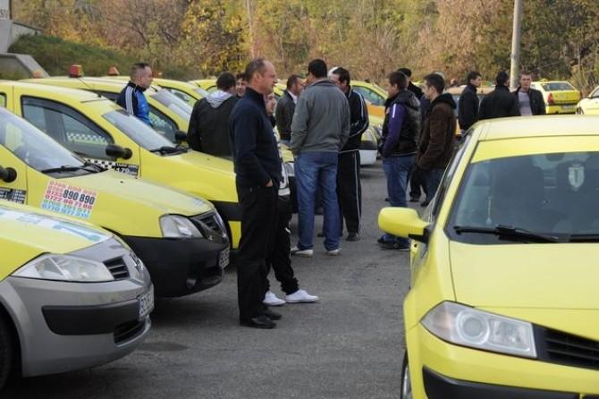 protest-miting-taximetristi-bacau