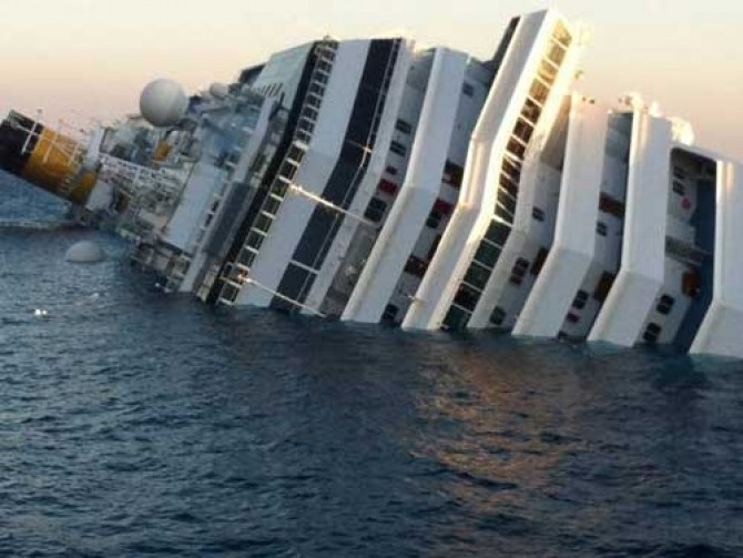 Costa-Concordia-naufragiu