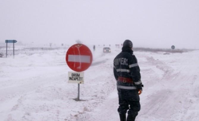 drumuri-inchise-iasi-8-februarie-2012