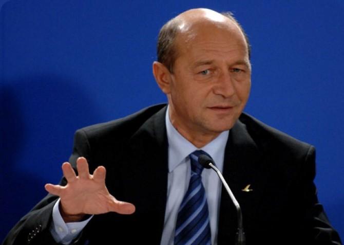 Traian_Basescu-31