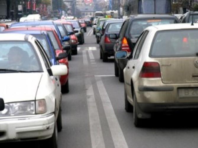 masini-in-trafic-aglomeratie
