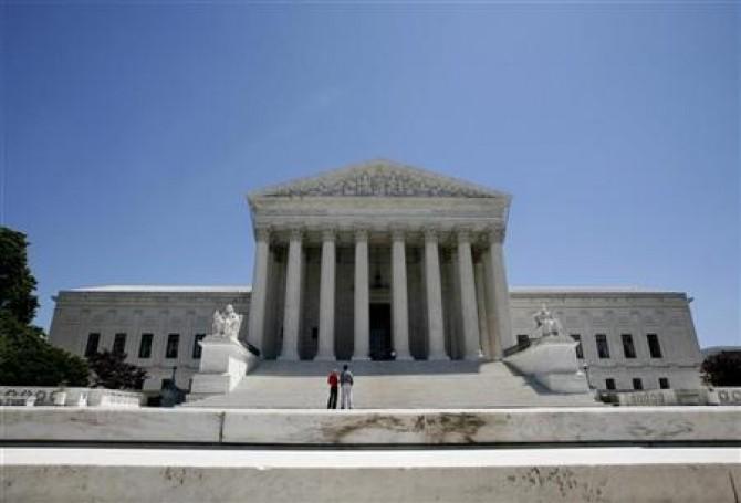Curtea Suprema decide asupra legii sanatatii a lui Obama