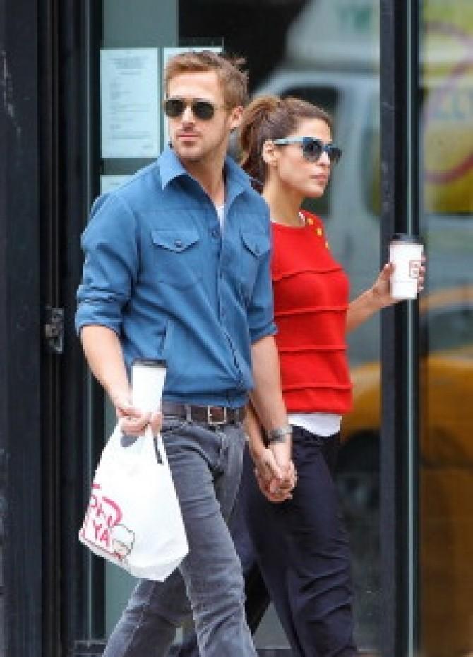 Ryan Gosling şi Eva Mendes se ceartă din cauza fostului ei iubit