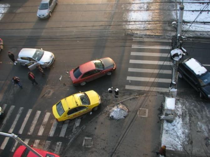 Cele mai periculoase 40 de intersecţii din Bucureşti