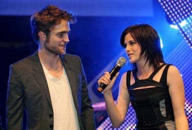 Kristen-Stewart-Robert-Pattinson-3