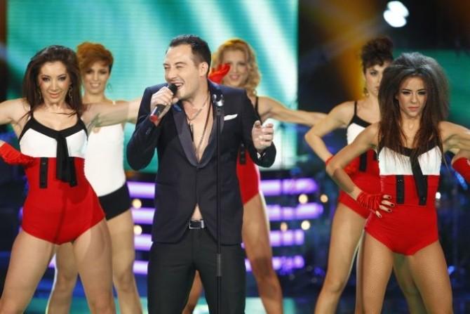 stefan-stan-lucreaza-la-primul-album-iulian-canaf-are-piesa-noua-ce-mai-fac-fostii-concurenti-de-la-vocea_size1