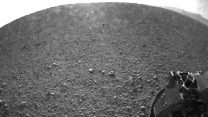 Sonda Curiosity imagini de pe Marte