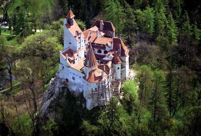 castel_bran_aka_dracula_castle