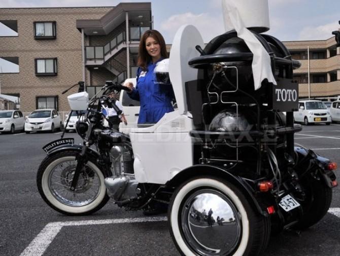 motocicleta-toto
