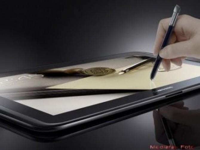 samsung-nu-se-lasa-tableta-care-va-ingenunchea-ipad-ul-e-de-astazi-la-vanzare_1_size1