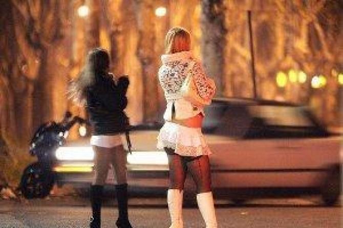 89430-0-5234_300_200_oy_cagliari_si_innamora_di_una_prostituta_ma_la_molesta_arrestato_per_stalking