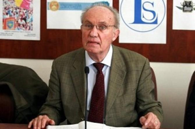 Dinu-C-Giurescu