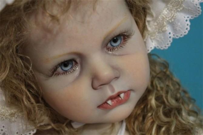 bebe.vampir2