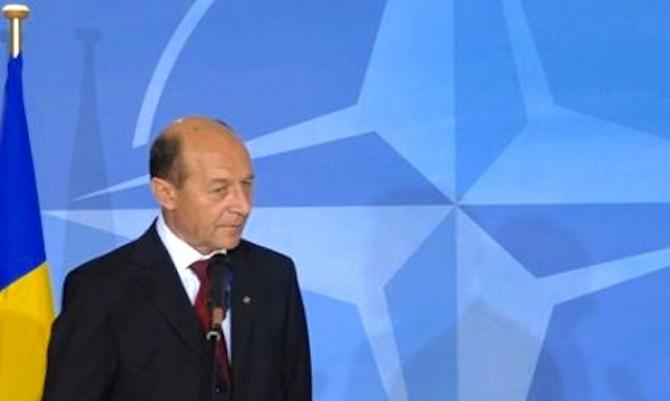 Basescu_nato