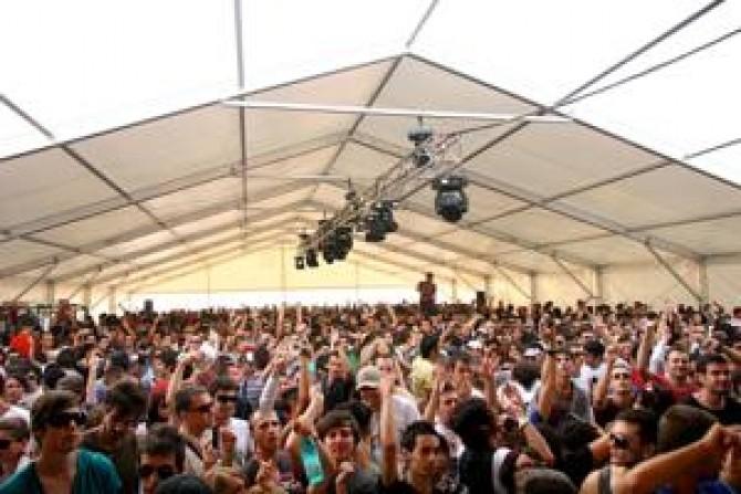 Festivalul Sunwaves