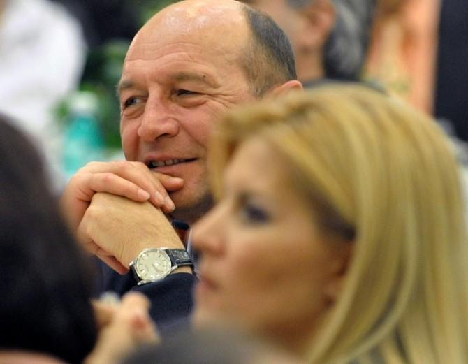 Traian-Basescu-si-Elena-Udrea dece