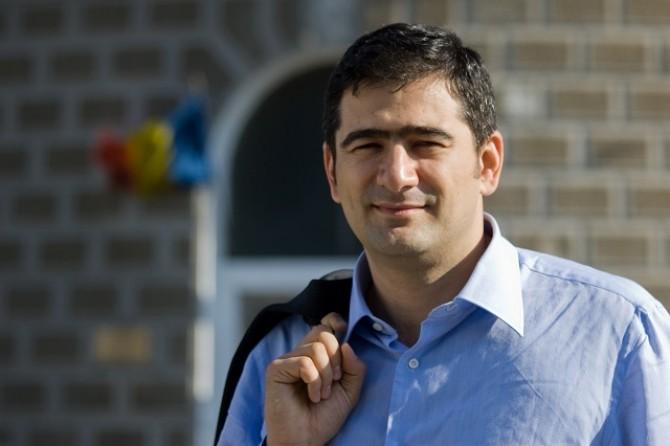 Dan Cristian Popescu: Constitutia este o minciuna