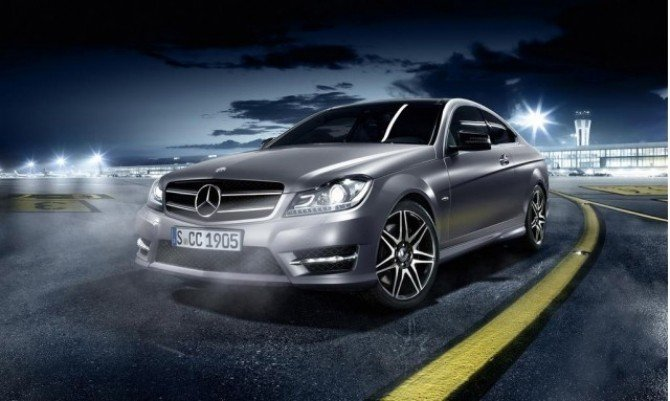 Noul Mercedes C-Class va fi mai mare şi mai dinamic