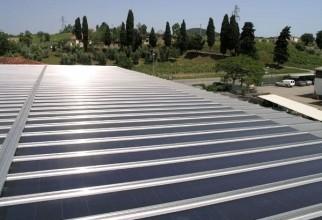 acoperis-panouri-fotovoltaice-industriale-dcnews
