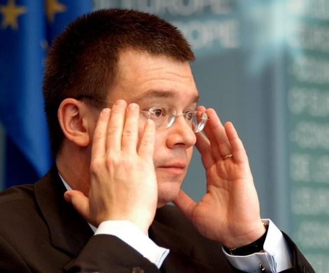Mihai Răzvan Ungureanu 1