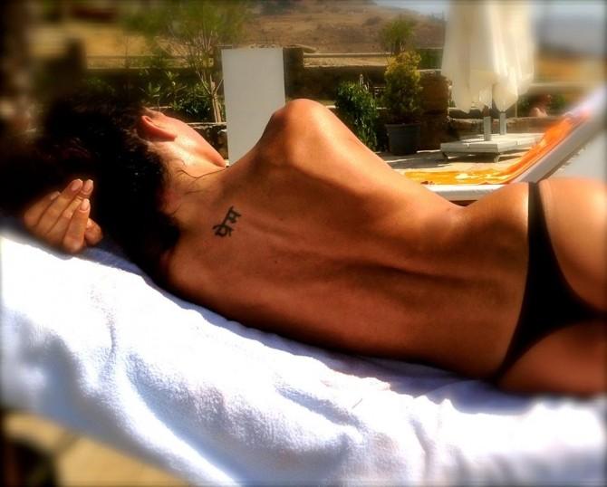 mihaela-topless