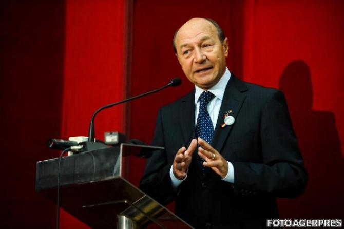 Traian Băsescu33
