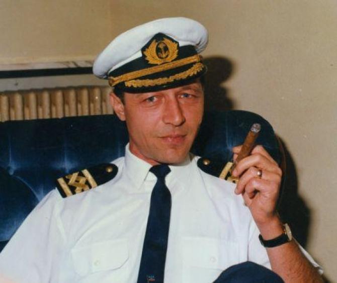 Băsescu comandant