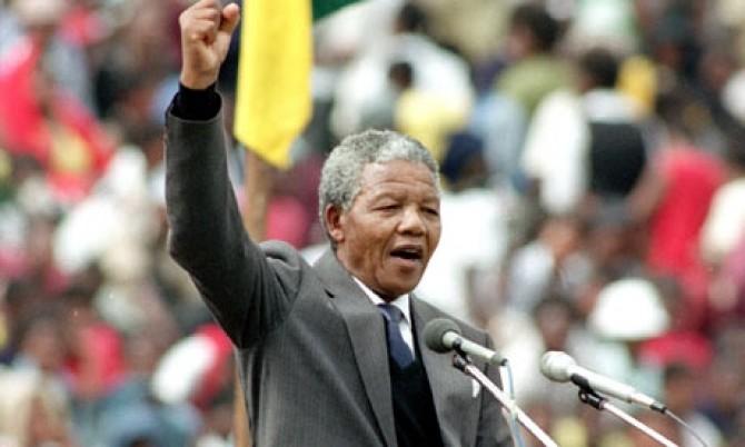 Nelson-Mandela-Soweto-Soc-001