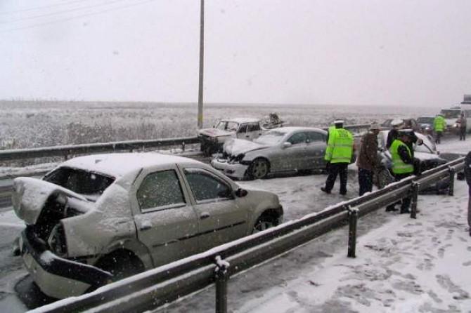 accident-in-lant-pe-autostrada-soarelui.-zece-autovehicule-au-fost-implicate