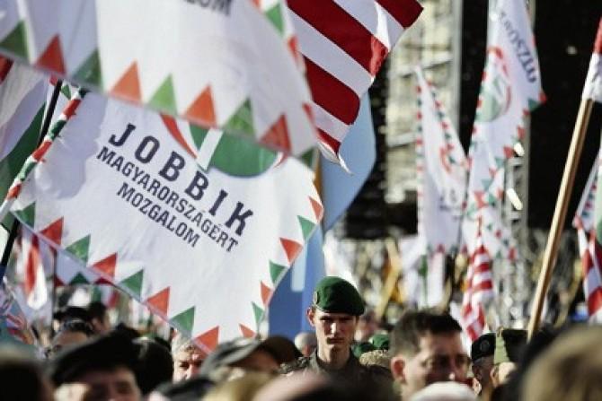 Patru extremiști maghiari au fost declarați indezirabili. Radu Tudor se declară nemulțumit