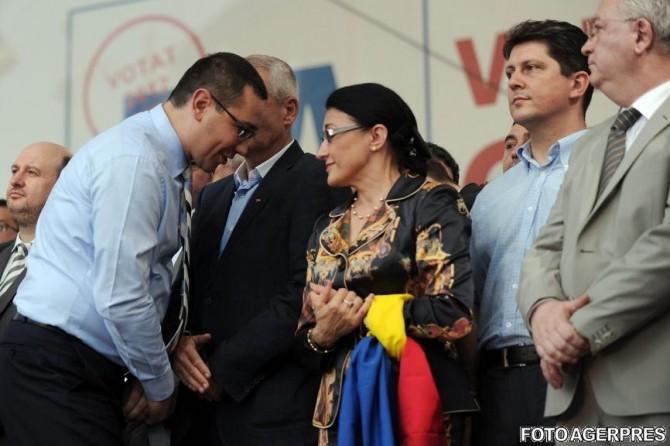 Victor Ponta și Ecaterina Andronescu