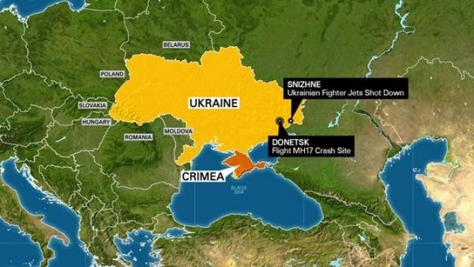 Hartă CNN care arată distanța între locul unde au fost doborâte cele două SU-25 și zborul MH17