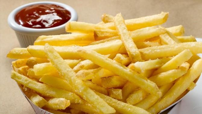 Dietă. Ce să nu mănânci dacă vrei abdomen plat