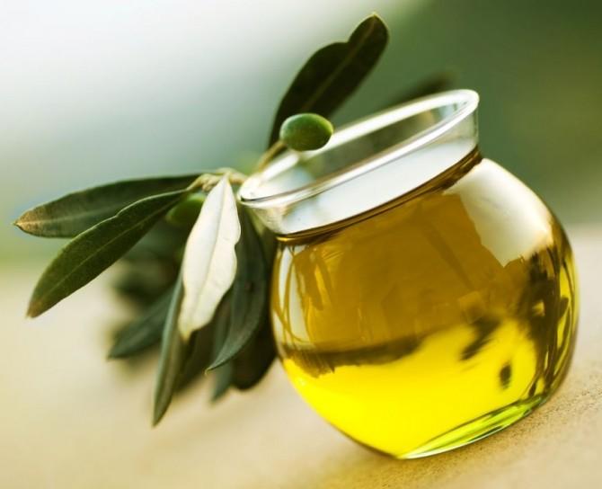 O lingura de ulei de masline pe zi