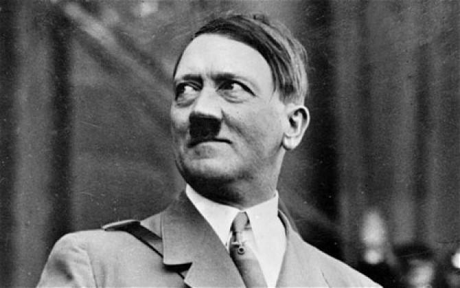 Moartea lui Hitler: Ultimele clipe din viața dictatorului când s-a sinucis pe 30 aprilie. Mister elucidat după șapte decenii