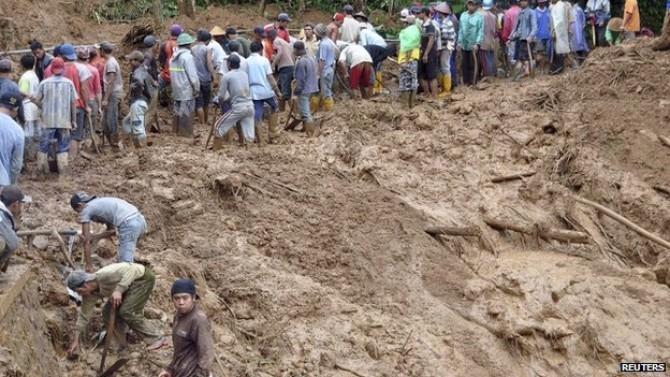 Alunecare teren - Imagine cu caracter ilustrativ