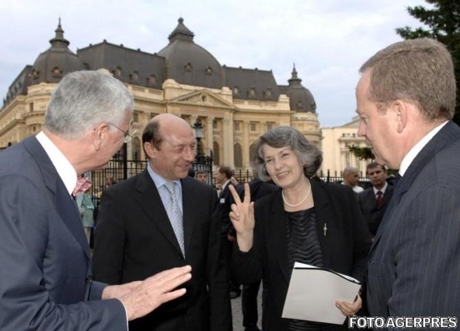 Traian Basescu - Mona Musca