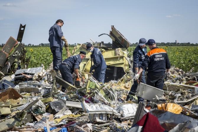 Rămășițe din zborul avionul doborât deasupra Ucrainei
