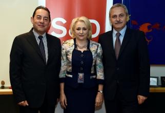 Liviu Dragnea și Viorica Dăncilă, alături de Gianni Pittella, președintele Grupului Socialiștilor și Democraților din PE