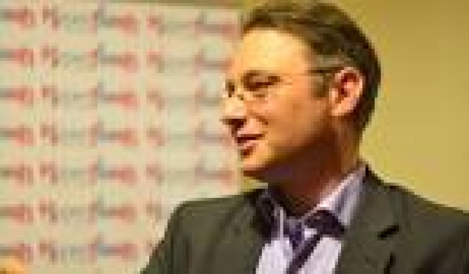 Luca Niculescu, ambasadorul României în Franța