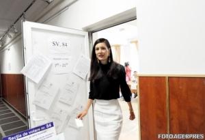 Clotilde Armand, avertisment pentru români: Să nu râdă curcile