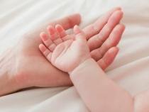 Indemnizație de creștere a copilului: 38 000 de euro pt un tătic