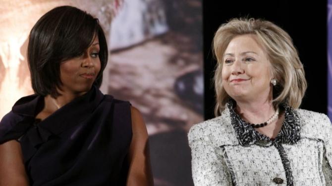 Michelle Obama si Hillary Clinton